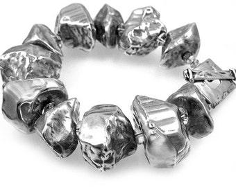 Bracelet of Silver Rocks Made of Resin