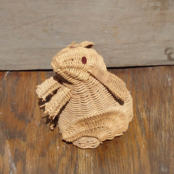 Vintage Wicker Basket Rabbit Mouse Rat FREE SHIPPING
