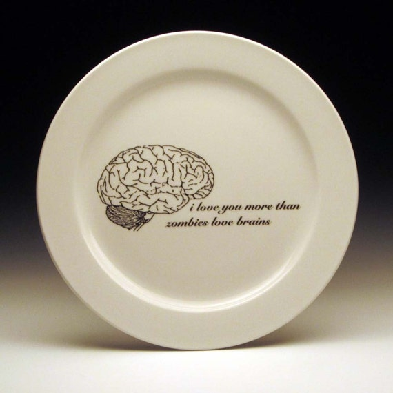 zombies love brains 9 inch dinner plate