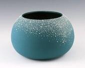 Large Round Pebble Vase in Aqua