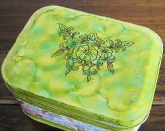 Green altered tin
