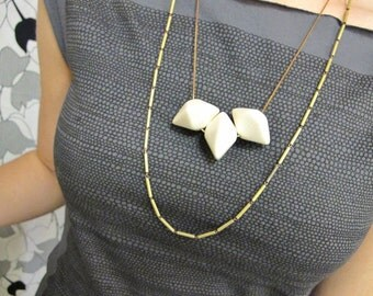 Geometric Necklace. Vintage Cream Hexagon Beads with 1970s Tube Chain. Vintage Jewelry, 1970s Necklace by Glamourpuss Creations