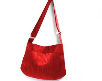 The Parenthesis Bag - Cross Body Red Seatbelt Purse - Adjustable Strap / Shoulder Bag / Crossbody Bag