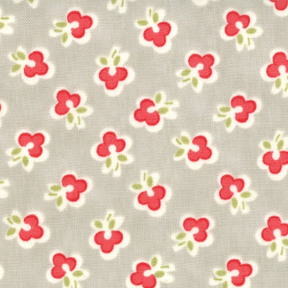 "32"" end of bolt piece - Vintage Modern FLANNEL - Floral Wish in Pebble Gray sku 55044-13F cotton fabric by Bonnie and Camille for Moda"