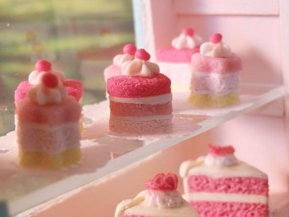 Mini Rainbow Pastel Cakes - Heart & Flower Set