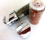 totemspice glass jar containers. Two empty jars for you to fill.