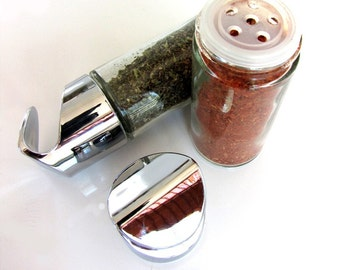 totemspice glass jar containers. set of 3 empty jars for you to fill.
