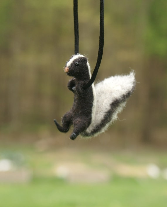 Tiny Skunk Necklace - needle felted