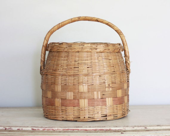 Rustic vintage storage basket with lid