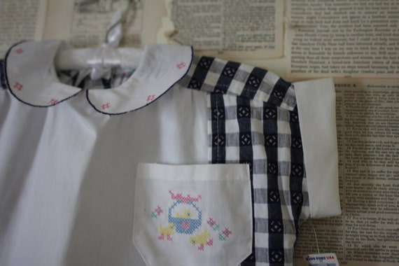 Vintage Gingham Collar Shirt Retro Dead Stock New Old Stock Shirt with Pocket with Basket of Flowers