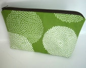 Padded Large Earth Green Leaf Zipper Pouch Cosmetic Bag ECO Friendly