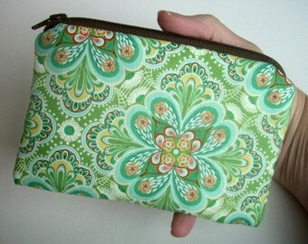 Green Zipper Pouch ECO Friendly Little Coin Purse Gadget Case Padded  Rare Flora Paisley Leaf