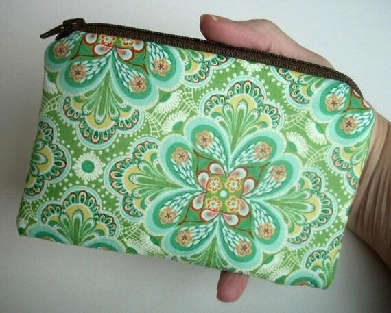 Green Zipper Pouch ECO Friendly Little Coin Purse Gadget Case Padded  Rare Flora Paisley Leaf