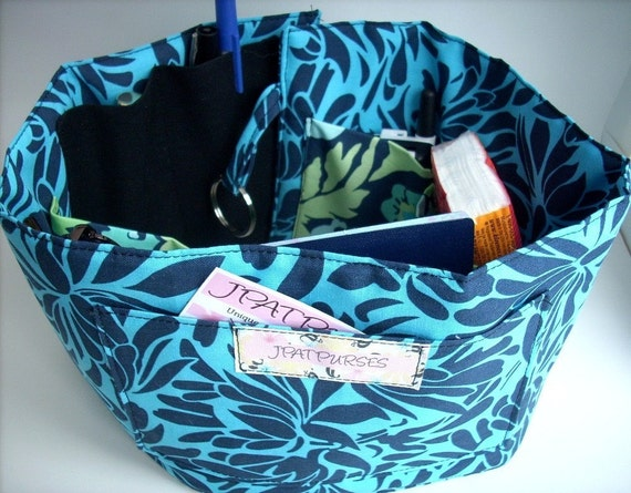 NEW ITEM and DESIGN---Portable Purse\/Handbag Organizer in Amy Butler Blue Daisy Chain