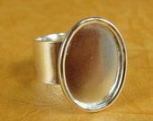 Bezel Large Oval Ring Blank - Adjustable - Shiny Sterling Silver Plated Finish
