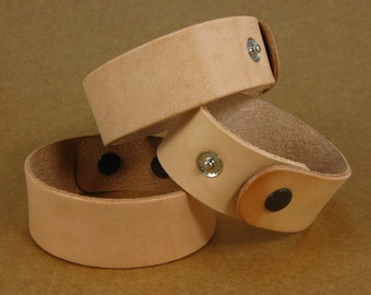 1 inch Blank Leather Wristbands Bracelet Cuff  / Set of Three Cuffs / Bracelets Ready for Decorating