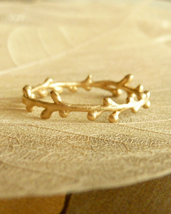 Petite Wreath Band - 14K