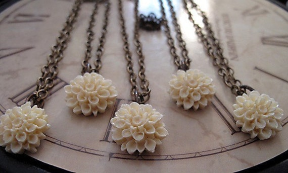 Bridesmaid Jewelry, Flower Necklace, Bridesmaids Gift, Set Of Five, Chrysanthemum, Antique Brass, Vintage Inspired  Wedding Jewelry