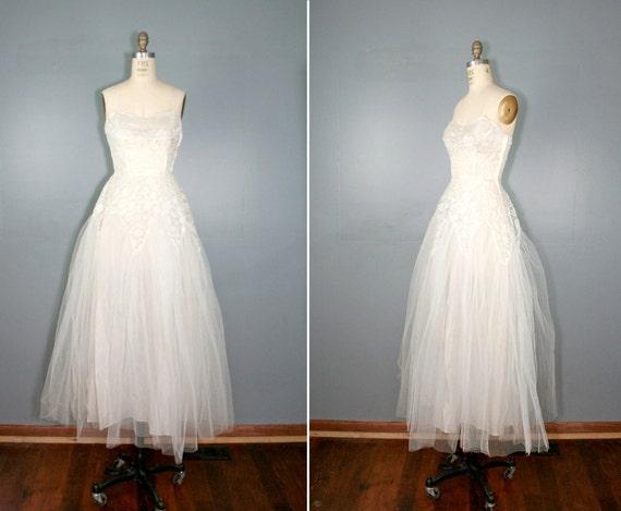 R E S E R V E D . vintage . 1950s . tulle . EVER AFTER . wedding . dress .