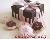 playtime sugar cookies in a lil bakery box, for Ishii27