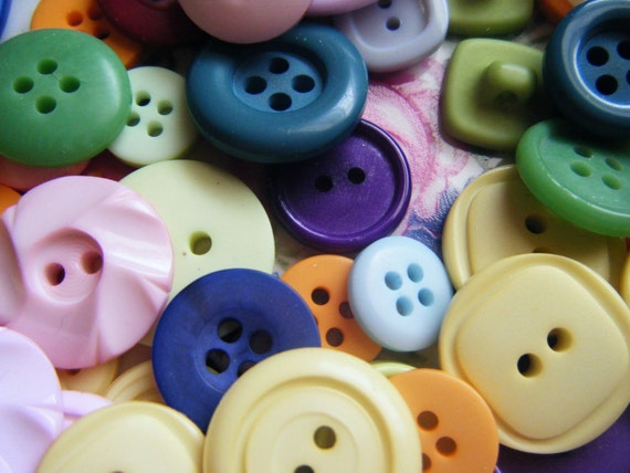 200 buttons in pretty colors