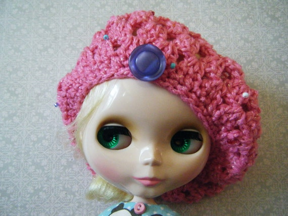 SALE pink beaded somewhere in time beret for blythe
