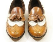 SALE 70s Wingtips in Caramel & Creme / Men's sz 8.5 / Women's sz 10