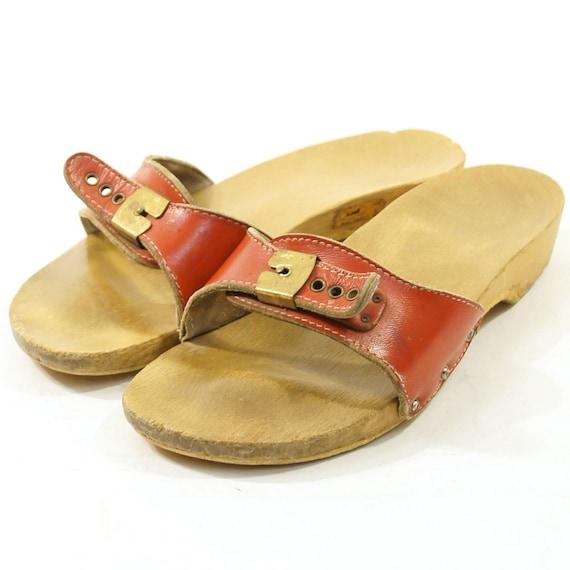 70s Dr Scholl's Wooden Clog Sandals in Red / Women's sz 9