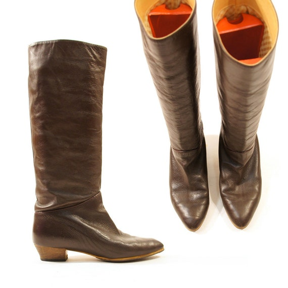 80s Soft Leather Knee High Boots with Flat Heel / sz 7.5