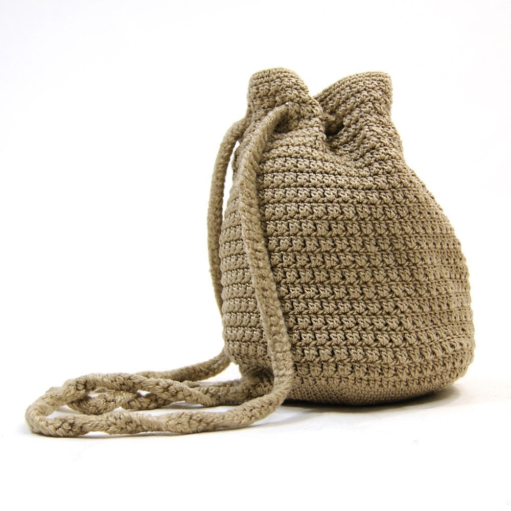 Crochet Drawstring Bag : vintage 80s Drawstring Crochet Backpack by The by SpunkVintage
