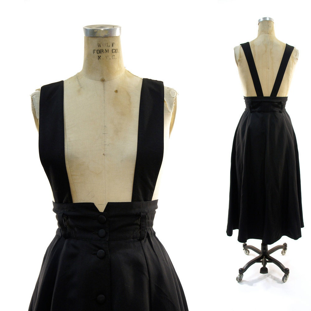 high waisted circle skirt with removable suspenders in black