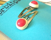 ON SALE Vintage Button Hair Clip Set