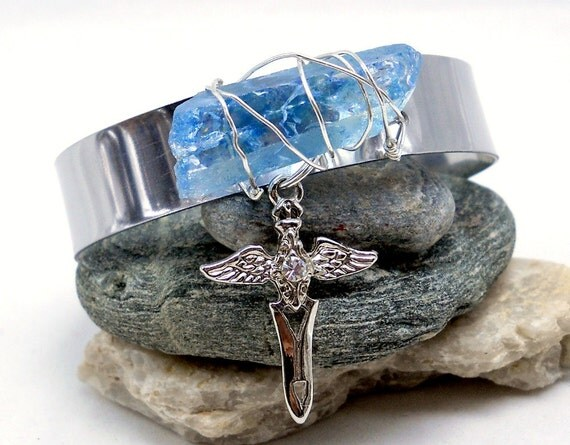 Blue Crystal Bracelet - Raw Quartz Cuff - Blue Quartz Crystal & Wing Dagger Bracelet - Gemstone Jewelry