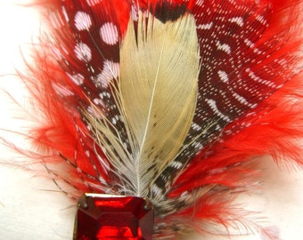 Red Feather Fascinator Hairclip Dainty and Retro