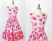 Floral Dress 1950s Pink and Purple Chrysanthemum Full Skirt