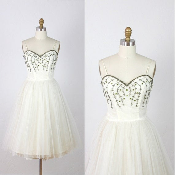 1950s Full Skirt Wedding Dress White Tulle Vintage Beaded Vine