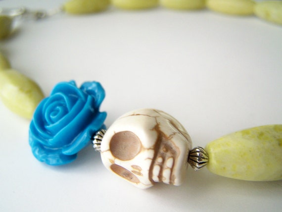 Day of the Dead Necklace - Cabeza - Lemon Jade with Skull & Blue Flower - Frida Kahlo Inspired Jewelry
