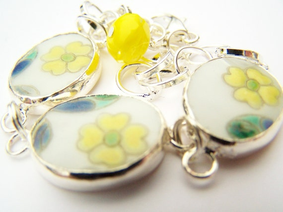 Pottery Shard Bracelet - Buttercups - Charm Bracelet with Pretty Porcelain Links & Czech Glass Bead Charms - Yellow Spring Flowers