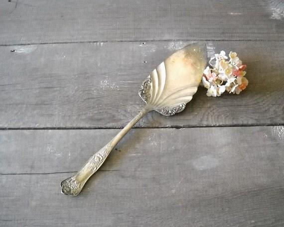 Vintage Silverplate Pie Server Royal Plate BEAUTY ROSE 1905 ROSALIE