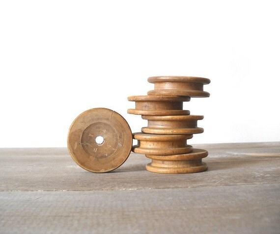 6 Industrial Wood Bobbins Unusual Small Flat Round Wheels