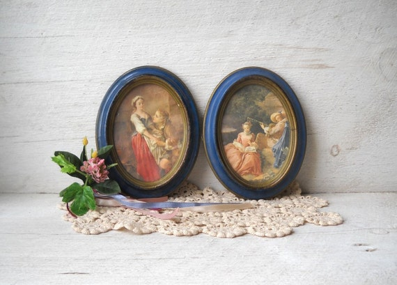 2 Courting Couple Prints Italy Blue Frame Vintage