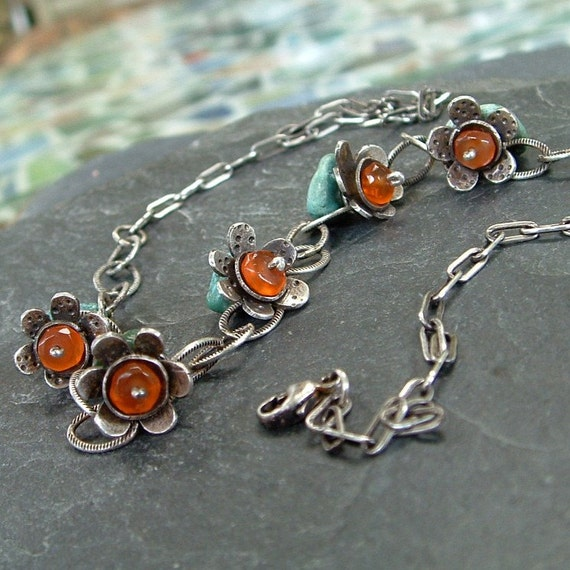 Orange DAISY Necklace. Turquoise
