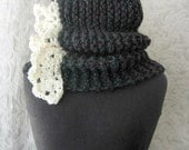 Out-of-Print Cowl - Chunky Knit Cowl - Charcoal Grey and Cream - Made to Order