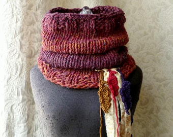 Falling Feathers Cowl - Chunky Knit Cowl - Oversized