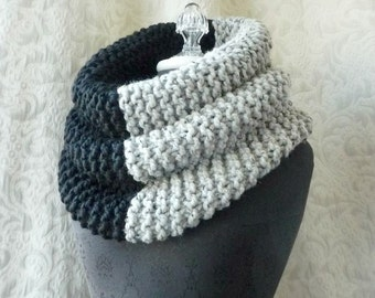 El Grande Cowl - Unisex Cowl - Chunky Knit Cowl - Black and Dove Grey
