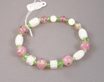 Flowers and Sparkles Bracelet