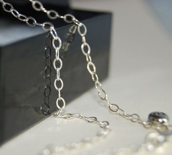 18 inch OVAL Link Sterling Silver Signature Chain