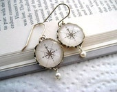 Map Compass Pearl Earrings