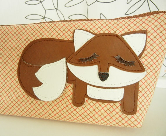 Grayson the Fox Tan French Plaid Vintage Inspired Cotton Canvas Floral Case with Vinyl Applique