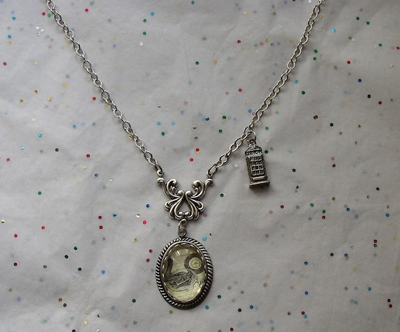 Gallifreyan Time Necklace